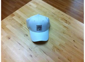 QR-Code-On-Hat